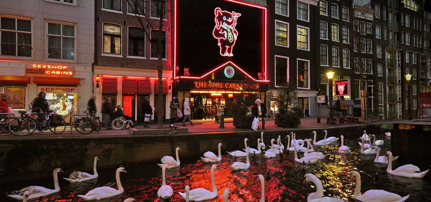 Casa rosso theatre amsterdam tours tickets for Casa amsterdam