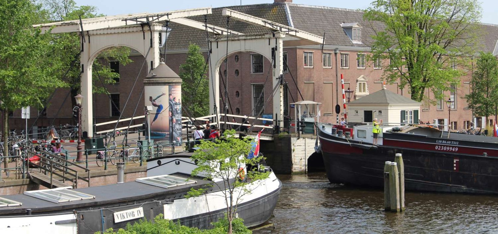 Popular areas to stay and where to find them on the Amsterdam map