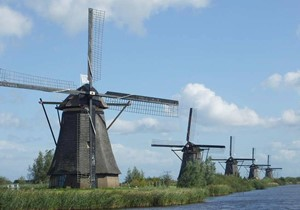 Everything you want to know about Kinderdijk and its nineteen windmills