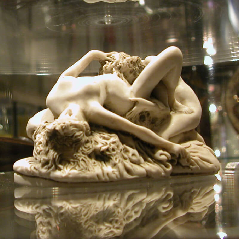 An erotic statue of two woman at the Erotic museum in Amsterdam.