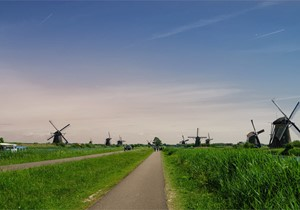 How to get to Kinderdijk?