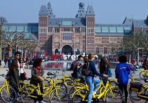 Bike Tour Amsterdam: Do It Like The Locals