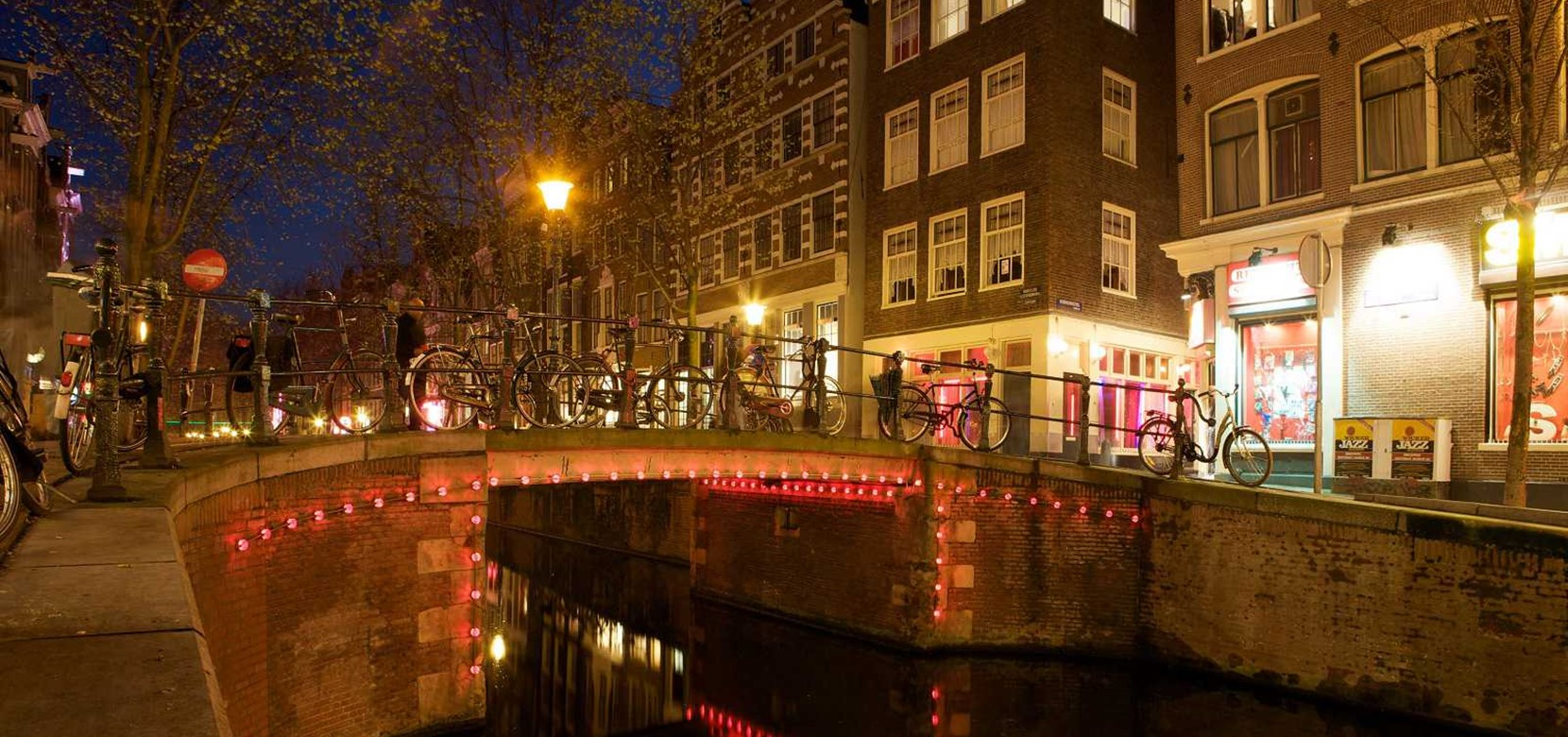 An Amsterdam guide: Exploring the city?