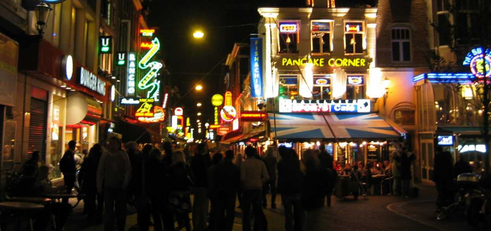The nightlife of Amsterdam is famous for its parties